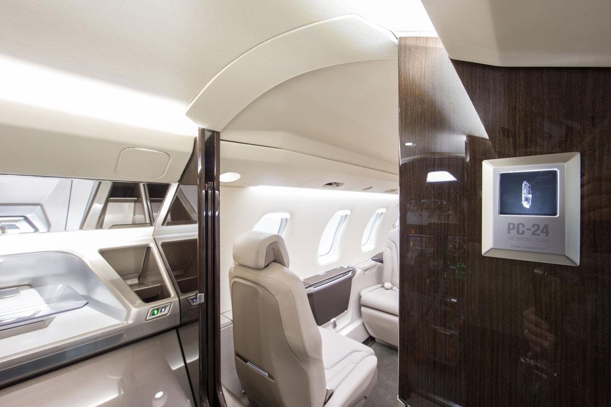 Photo Gallery. Cutter Aviation - Pilatus